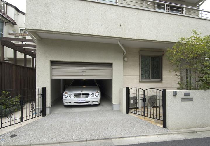 2世帯住宅の進化形ガレージ